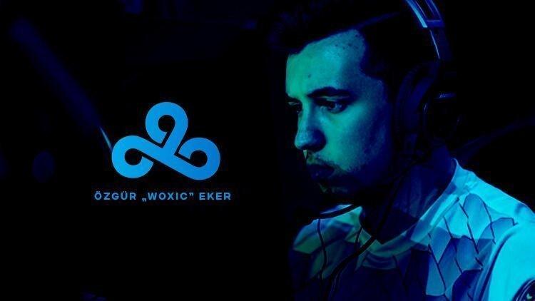 Özgür Woxic Eker, Cloud9'a transfer oldu