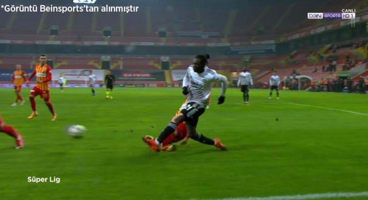 N'Sakala penaltı pozisyonu